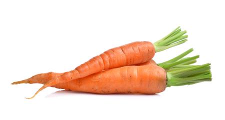 zanahoria: bebé zanahoria aisladas sobre fondo blanco