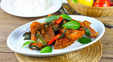 chilli sauce: fried fish with red chilli sauce Stock Photo
