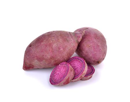 purple sweet  yams  on  white background. 版權商用圖片
