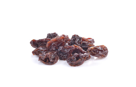 sultanas: raisins  on white background