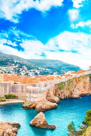 Beautiful view of the fortress wall and the gulf of the historic city of Dubrovnik, Croatia on a sunny day. 版權商用圖片