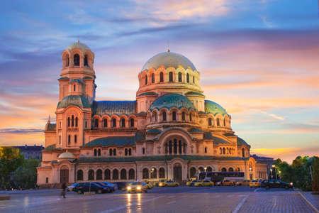 소피아, 불가리아에서 알렉산더 넵 스키 대성당의 아름 다운 경치