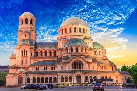 Een prachtig uitzicht op de Alexander Nevski-kathedraal in Sofia, Bulgarije