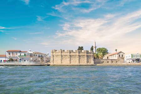 Bella vista sul castello di Larnaca, sull'isola di Cipro