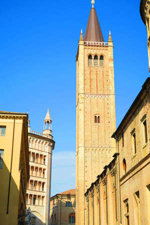 glimpse: Glimpse of a way of Parma, Italy, next to the cathedral, you can see the bell tower 63 meters baptistery and the thirteenth century.