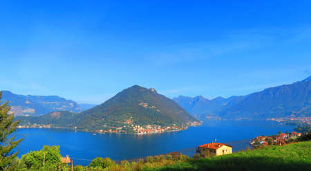Monte Isola is an Italian town in the province of Brescia in Lombardy, which covers the homonymous island of Lake Iseo. With a total area of ??12.8 km?, it is the largest lake in Italy and Europe sout 写真素材