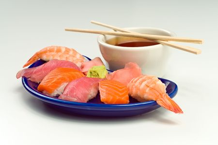 Asian Raw Fish Sushi Dinner w Shrimp, Tuna, Salmon, including rice, ginger, wasabi and soup