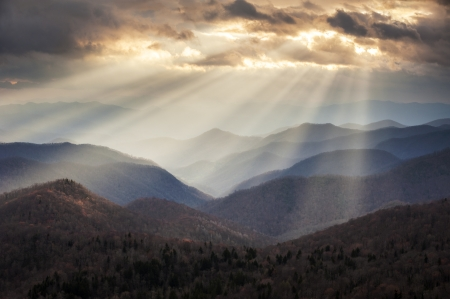 Appalachian Mountains Crepuscular Light Rays on Blue Ridge Parkway Ridges NC travel destination scenic in Western North Carolina Stock Photo - 19507973