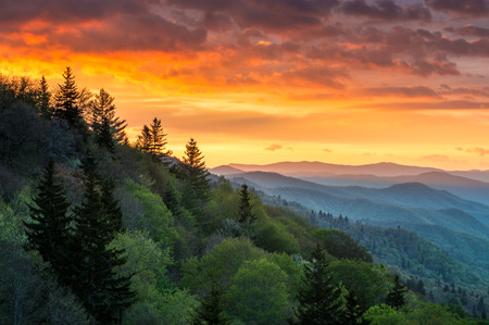 tn: Great Smoky Mountains Sunrise Outdoors Scenic Landscape Gatlinburg TN