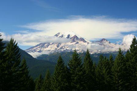 grandeur: Mt Rainier in the Washington Cascade Mountains Stock Photo