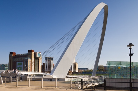 Gateshead Millennium Bridge & Baltic centre / Millennium bridge from Newcastle quayside and Baltic art centre photo