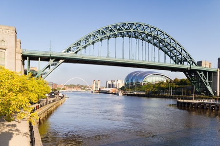 Tyne Bridge / Tyne bridge with the Sage and Baltic buildings in the distance 免版税图像
