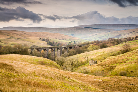 settle: Dent Head Viaduct is the next bridge going north from the Ribblehead Viaduct on the Settle to Carlisle Railway Line Stock Photo