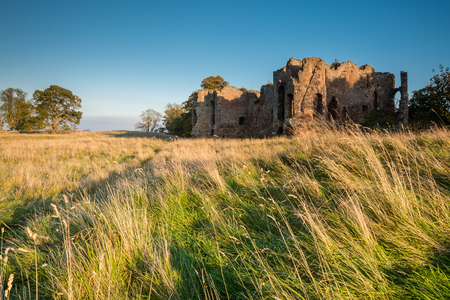 to till: Twizel Castle - The Ruins of Twizel Castle sits above a bend in the River Till North Northumberland.