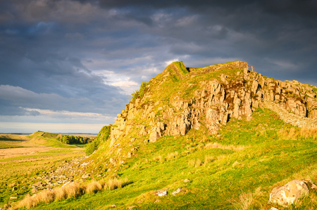 Cuddy's Crags below Hadrian's Wall, a popular with walkers along the Hadrian's Wall Path and Pennine Way Stock Photo