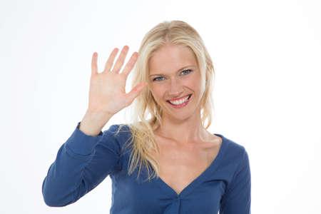 gestos: sonriendo acci�n hermosa chica maquillaje con la mano