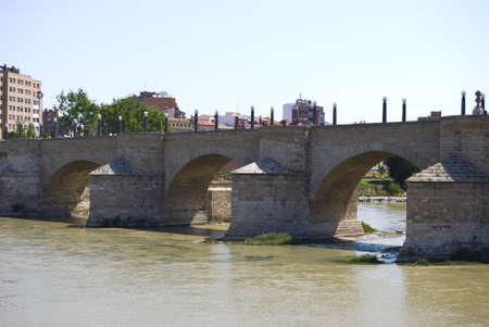 zaragoza: Stone bridge in Zaragoza, Spain