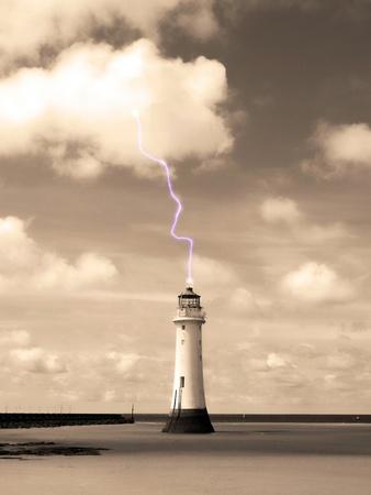 Lightning Strike Stock Photo - 17102318