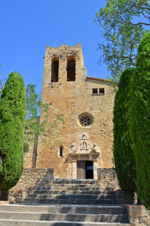 pals: View of the Church of Pals Girona