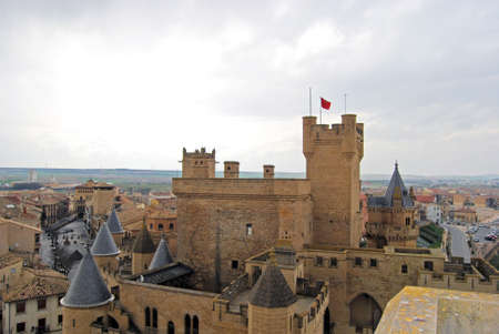 espanya: Overview of the Palace of the Kings of Navarre Olite