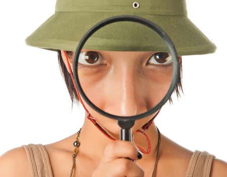m�dula: Ni�a en un casco de m�dula se ve a trav�s de Ampliador