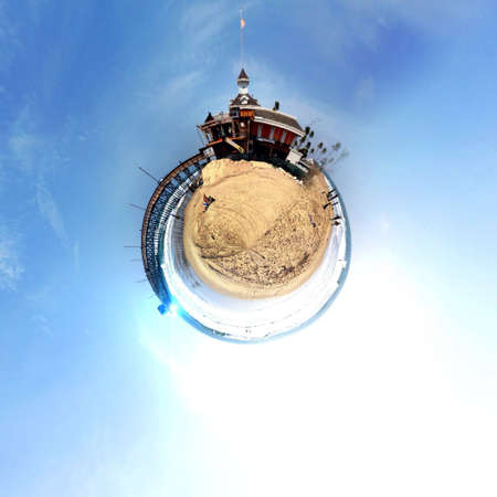 dun: Abstract globe with a natural landscape view!