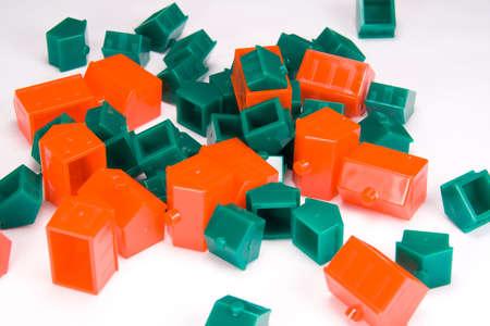 revoltijo: Se seleccionar� al azar una, ca�tico revoltijo de pl�stico rojo y verde casas.