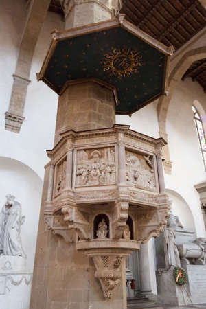low relief: Pulpit Basilica of Santa Croce - Florence Editorial