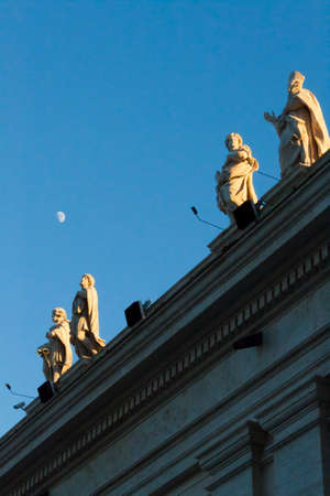 bernini: Piazza San Pietro Bernini Colonnade with Moon- Rome