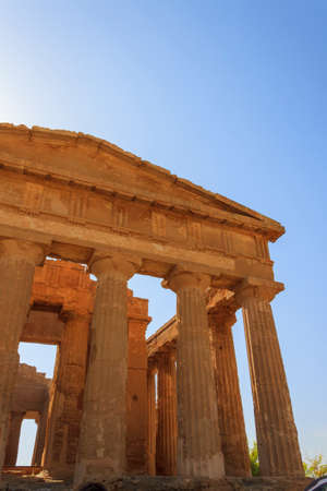 greek temple: Greek Temple of Concordia in Agrigento - Sicily, Italy