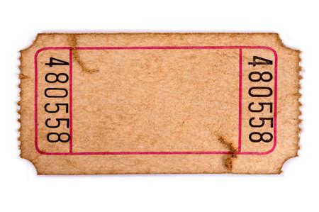 破れた古い映画を空白または白い背景で隔離のチケットを抽選します。