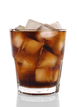 fizzy: Cold fizzy cola with ice in a classic cafe style glass