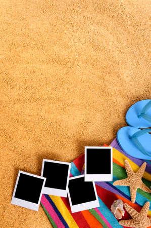 Strand met lege foto prints Stockfoto