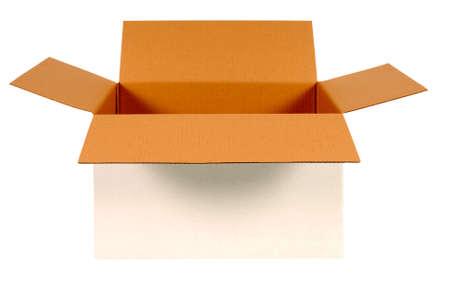 boite carton: Ouvrez la boîte de carton blanc avec intérieur brun isolé sur fond blanc. Copier l'espace.