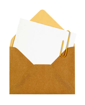 letter envelopes: Blank message or invitation card with paper clip and brown manila envelope, copy space Stock Photo
