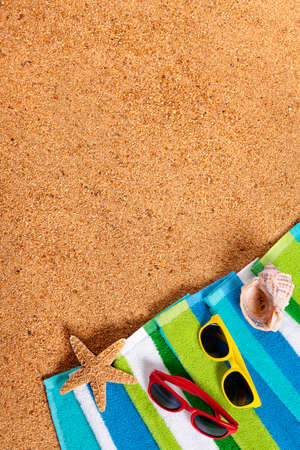 caribbean beach: Caribbean summer beach background, sunglasses, couple sunbathing, copy space