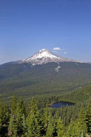 Mount Hood and Mirror Lake in National Scenic Area Oregon Stock Photo - 7505485