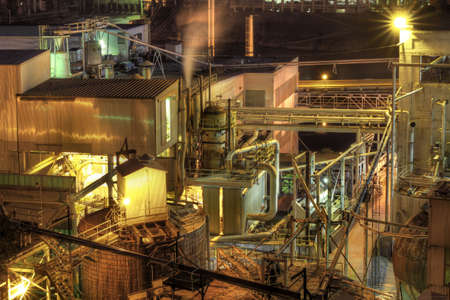 mill valley: Lumber Paper Mill in Oregon City at Night