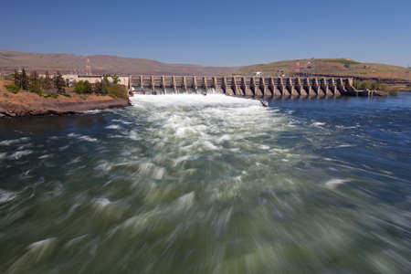 outdoor electricity: The Dalles Dam on spanning  Columbia River between Oregon and Washington States Stock Photo