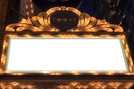 マーキーは、ブロードウェイの劇場の空白記号を点灯します。 写真素材