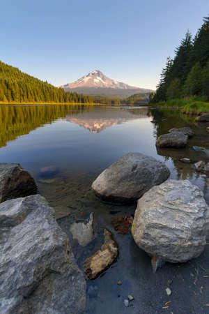 Reflection of Mount Hood on Trillium Lake on a clear blue sky day Stock Photo