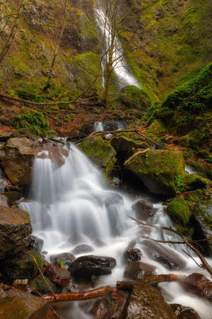 Waterfall at Starvation Creek State Park in winter season Stok Fotoğraf