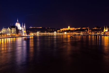 A landscape of Budapest's Parliament, Castle, Chain bridge, in the night Stock Photo - 5648821
