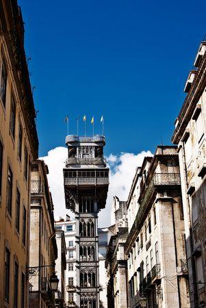 justa: Santa Justa Elevator in Lisbon