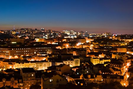 A panorama over  Alfama District in Lisbon - night view 免版税图像 - 7503207