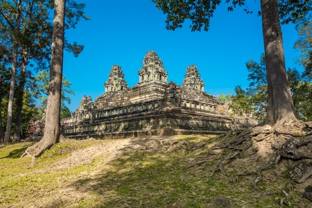 Ta Keo temple  10th century, never finished , new capital for Jayavarman V, built entirely of sandstone  Legend has it that construction was abandoned after the temple was struck by lightning