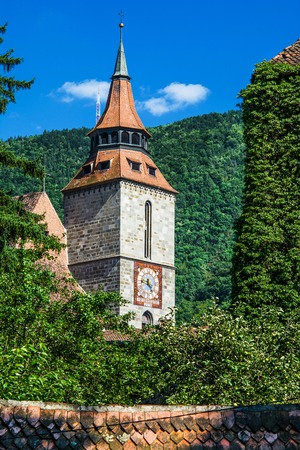 The Black Church is the most important landmark of Brasov and the largest Gothic church between Vienna and Istanbul  Brasov   Romania Stock Photo