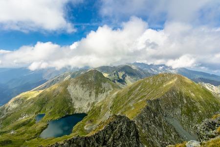 fagaras: Paesaggio dal lago di Capra, Fagaras Mountaines, Romania.