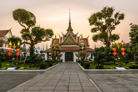 wat arun: Wat Arun or Wat Chaeng, is situated on the west bank of the Chao Phraya River. Wat Arun or temple of the dawn is partly made up of colourfully decorated spires and stands majestically over the water.