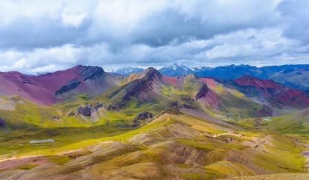 Vinicunca または Pitumarca ペルー虹山 写真素材